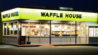 Guy Has To Spend 24 Hours Inside Waffle House As Part Of Epic Fantasy Football Punishment But There's A Twist