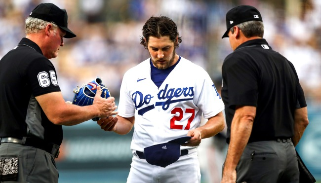 Dodgers Players Reportedly Do Not Want Trevor Bauer To Return To Team