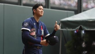 Shohei Ohtani Got Quarterback Lessons From Peyton Manning And Couldn't Stop Smiling During MLB All-Star Week