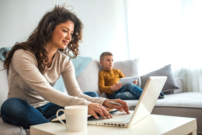 More than 1 in 4 US workers would look for another job if they can't work from home.