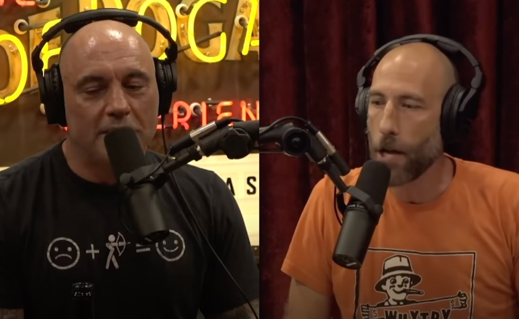 Joe Rogan and Ari Shaffir discuss Ayahuasca trip in the jungle