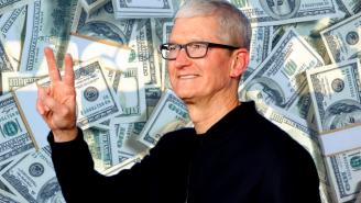Apple CEO Tim Cook Just Cashed In His Final Stock Bonus And Made BANK
