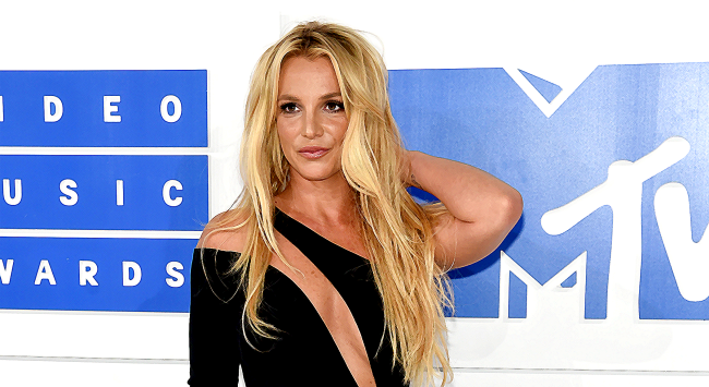 Britney Spears Finally Explains Why She Keeps Posting Topless Pictures
