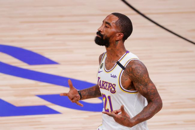 jr smith support kyrie irving