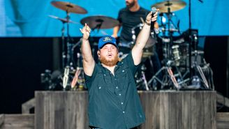 Luke Combs Paid For A North Carolina Teacher's Entire School Supply List, Continues To Be The Coolest Dude In Country