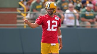 Aaron Rodgers Took His New Golf Cart For A Joyride And Obeyed All Of The Traffic Laws
