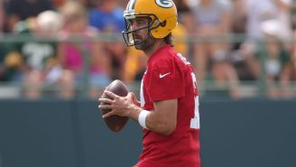 Aaron Rodgers Shows Off Insane Accuracy By Throwing Ball 45 Yards Into Net 3 Times In A Row During Packers Practice