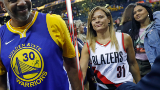 Thirsty Guys Everywhere Immediately Began Shooting Their Shot At Sonya Curry After Divorce News
