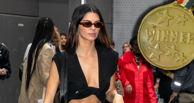 Kendall Jenner Wears Devin Bookers Olympic Medal While On Vacation