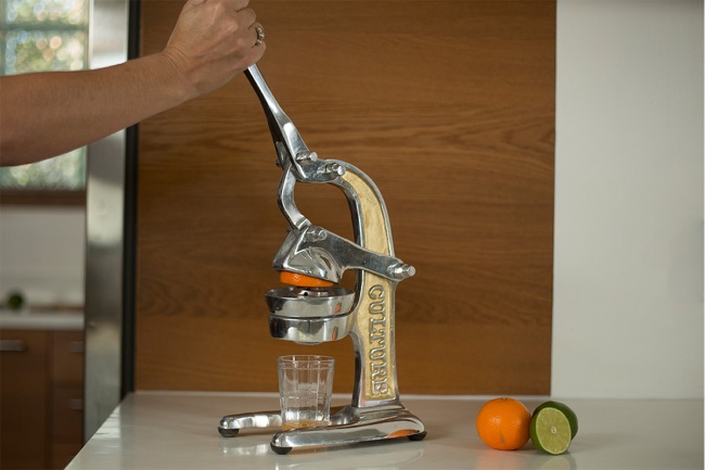 Spruce Up Your Home Dining Experience With These Must-Have Kitchen Accessories