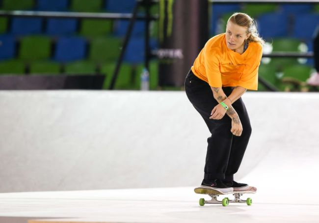 olympic skateboarder olympic quarantine no fresh air