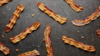 Crowd Cow Promo  – New Members Get Free Bacon With A $99+ Order!