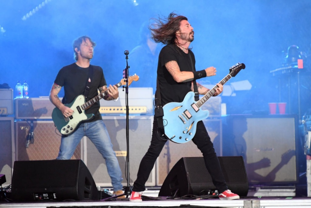fan plays Monkey Wrench with The Foo Fighters in Kansas