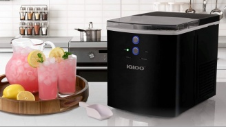 This Igloo Ice Maker Machine Is 21% Off On Amazon Right Now