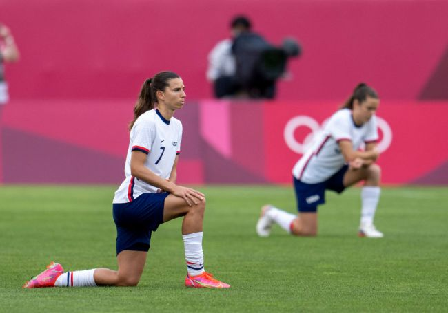 only one uswny player didnt kneel olympics