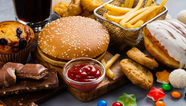 unhealthy junk food life expectancy impact