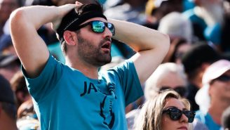 The Titans Are Trying To Convert Angry Jaguars Fans After Jacksonville Unfollowed Them On Twitter