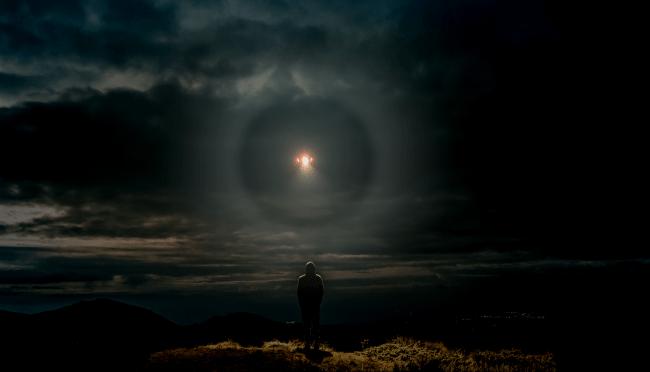 Glowing Alien UFO Leaving Fiery Trail Leaves Kent Residents Flummoxed