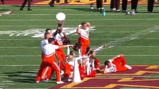 Minnesota Is Officially Irrelevant After Bowling Green's Cheer Squad Flexed All Over Midfield