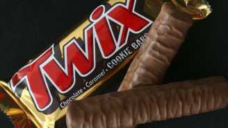 Twix Bars Can Now Be Consumed As A Seasoning And The Brand Wants People To Sprinkle It On Chicken Wings