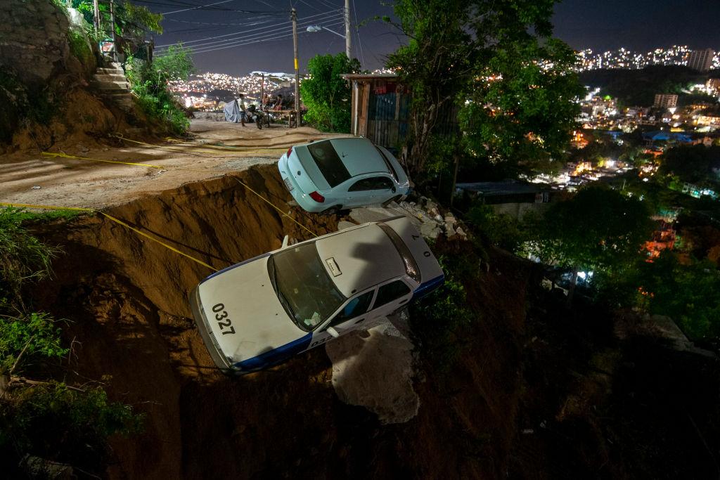 Earthquake Lights Mexico City and Acapulco