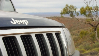 Backyard Mechanics Turn A Rare 5-Speed Jeep Grand Cherokee ZJ Into A Convertible