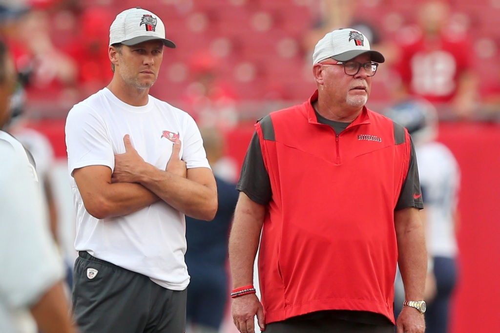 Tom Brady fully vaccinated Bruce Arians confirms