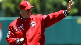 One-Handed Pitcher Jim Abbott Had A Great Reaction To Learning Kentucky LB JJ Weaver Has SIX Fingers