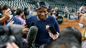 72-Year-Old Dusty Celebrated The AL West By Drinking Champagne Out Of Someone Else's Cleat