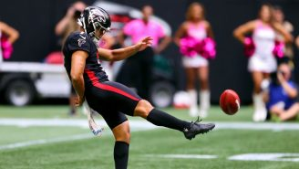 The Falcons Forgot Their Kicking Net For London Game So They Improvised With A Very British Solution