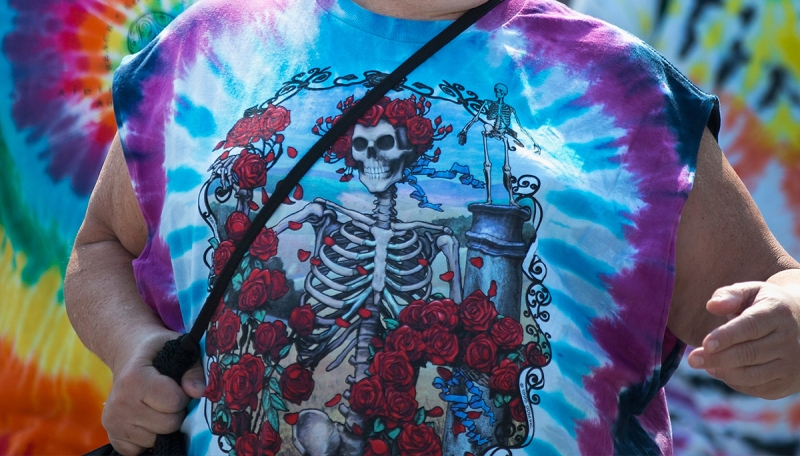 This Vintage Grateful Dead Shirt Set An Insane New Record At Auction