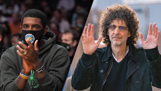 Howard Stern Destroys 'Flat Earther' Kyrie Irving Over Vax Stance: 'Top Idiot In The Country'
