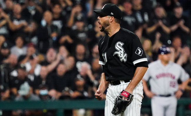 White Sox Reliever Ryan Tepera Implies Astros Were Stealing Signs During Two Home Games