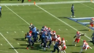Titans Completely Fool Chiefs By Having Derrick Henry Throw Touchdown Pass On Trick Play