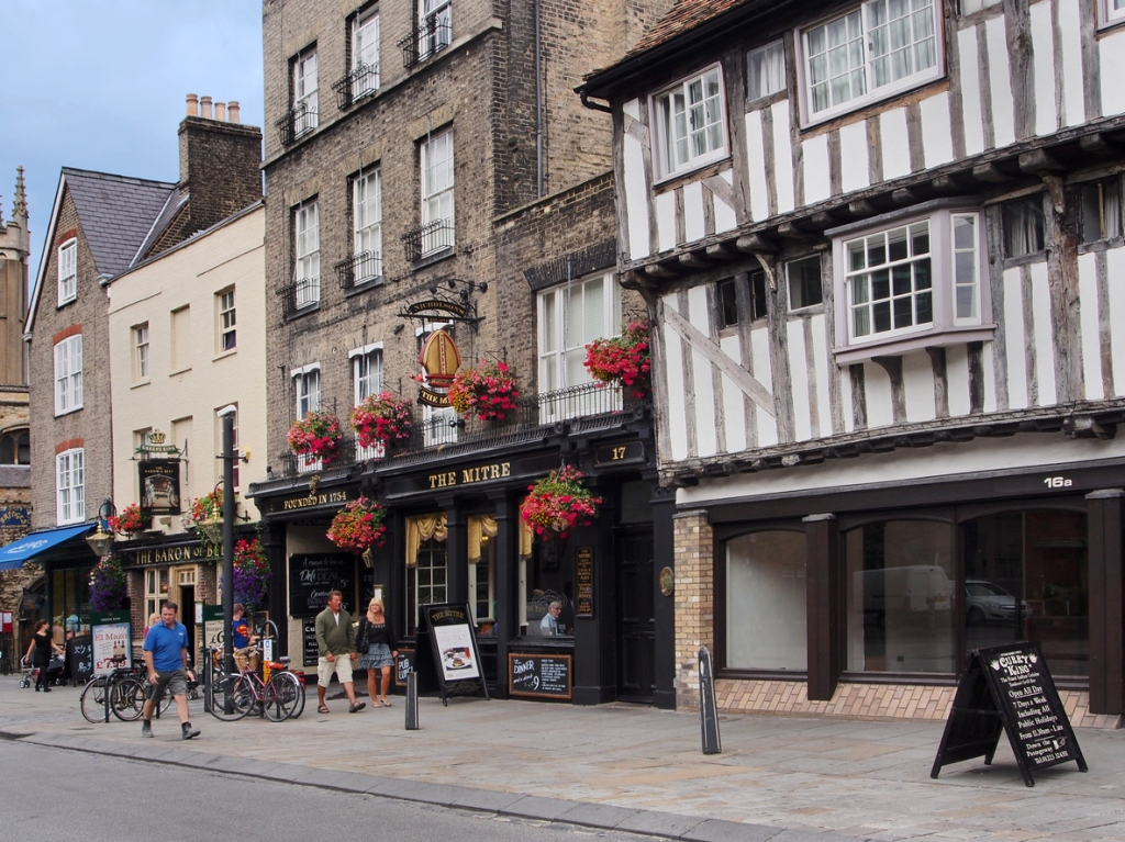 Guinness World Record Most Pubs in 24 Hours pub crawl record